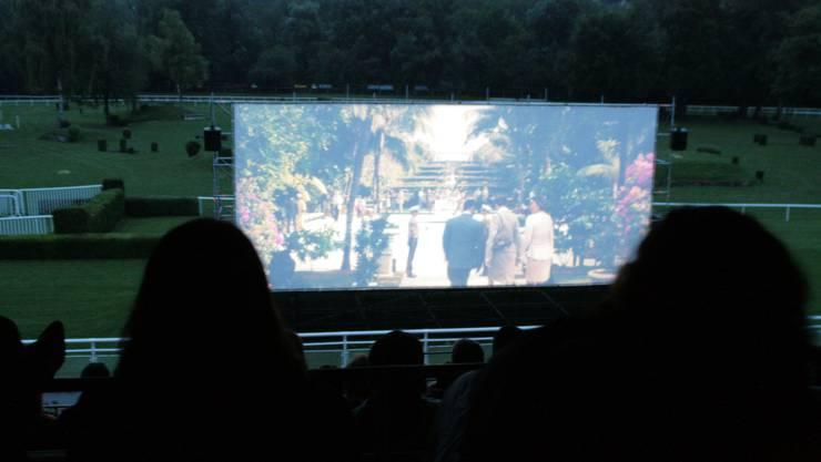 Grossanlässe wie das Open Air Kino finden im Reiterstadion statt.