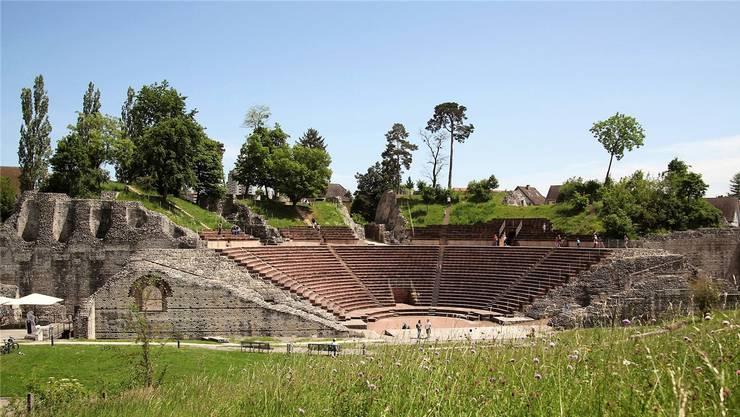 Soll für alle eine Erlebnis sein: Der Besuch im Amphitheater in Augusta Raurica.