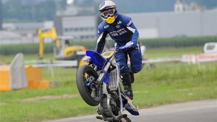 «Bad Boy» Daniel Müller auf seinem Motorrad.