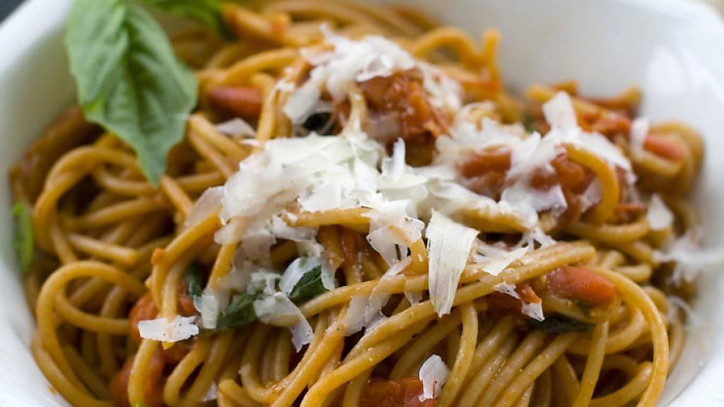 Die Pasta-Kette Vapiano muss den überraschenden Rücktritt ihres Chefs verkraften: ein Teller Spaghetti (Symbolbild).