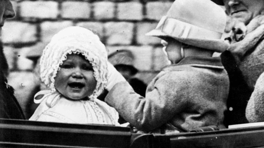 Elizabeth II. wird 95 - Das Leben der Queen in Bildern