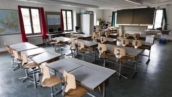 Die Sekundarschüler müssen von Allschwil nach Binningen in die Schule. (Symbolbild)