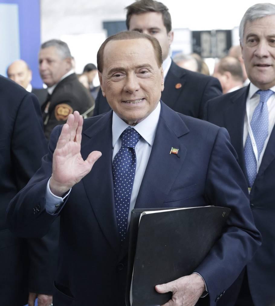 Silvio Berlusconi in Madrid am 22. Oktober 2015. (EPA/ZIPI)