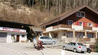 Der «Alpenblick» bietet Neues: In den Sommermonaten ist er täglich offen; für die Töff-Fans ist in einem Nebengebäude die Biker's Lounge geschaffen worden.
