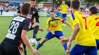 Kämpfte beherzt gegen den Challenge-League-Vertreter FC Aarau: der FC Frick mit Captain Marco Boss. Fabio Baranzini