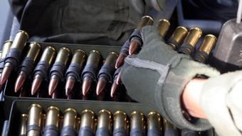 Klassisches Beispiel: Munition zählt als Kriegsmaterial.