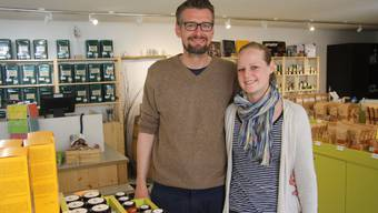 Fabian und Katharina Rauch in  ihrem Gewürz-Fachgeschäft an der Goldgasse.