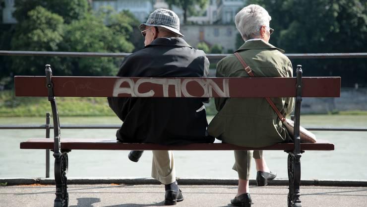 Der Kanton informiert seine ältere Bevölkerung nur mangelhaft, zeigt eine Umfrage. Nun will sich dieser verbessern.