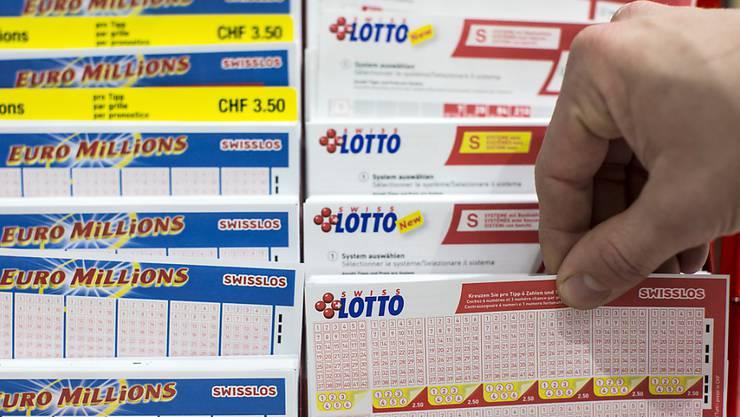 Gleich zwei Stadtbernerinnen oder Stadtberner erwischten im vergangenen Jahr beim Lottospiel die richtigen Zahlen.