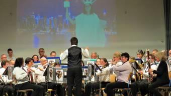 Stadtmusik Brugg und die Musikgesellschaft Riniken