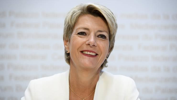 Im Abstimmungskampf um die Begrenzungsinitiative der SVP argumentiert Bundesrätin Karin Keller-Sutter nun mit der Sicherheit.