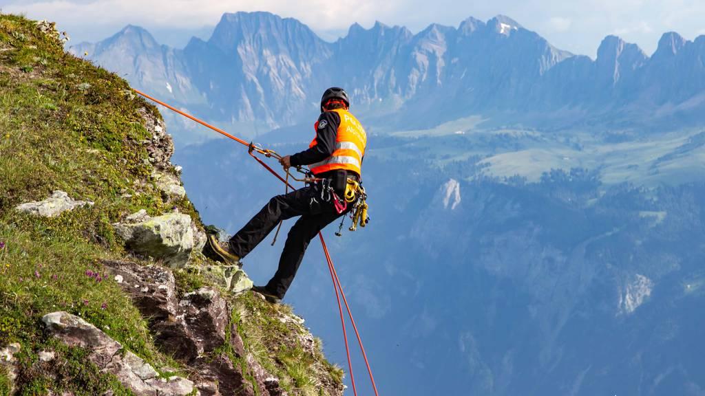 Kletterer (29) stürzt 10 Meter in die Tiefe und wird schwer verletzt