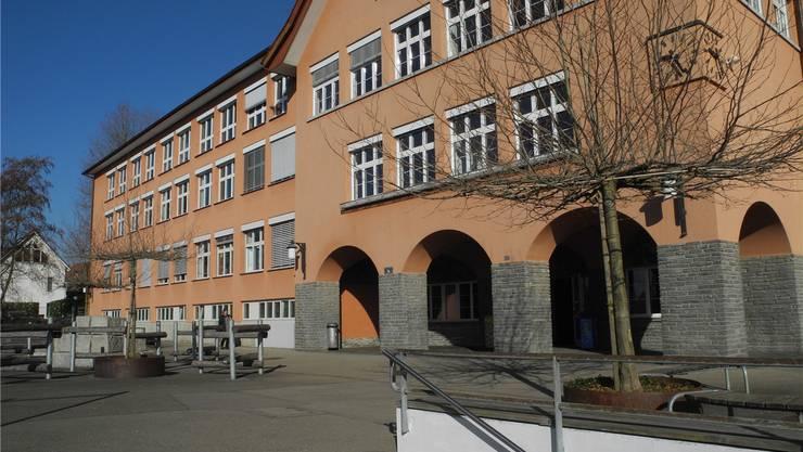 Die Oberstufe budgetiert für 2016 ein Minus von 610700 Franken.