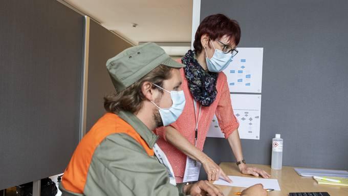Zivilschützende sollen den Kantonen in der Coronakrise zur Verfüguung stehen, beispielsweise beim Contact Tracing. (Symbolbild)