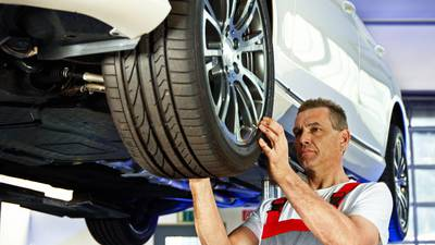 Italien verbietet gewisse Reifen im Sommer