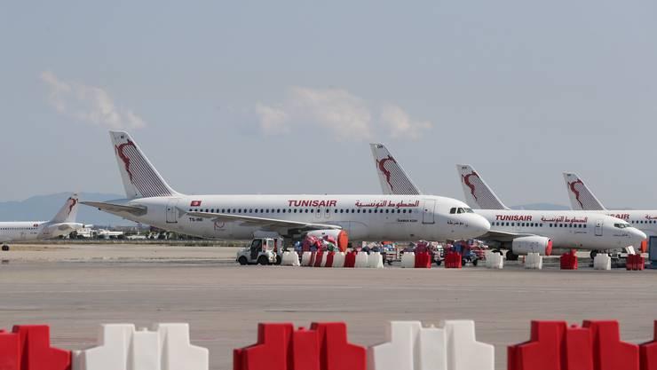 Flieger der Tunisair am Flughafen in Karthago – einer Vorstadt von Tunis, der Hauptstadt Tunesiens.