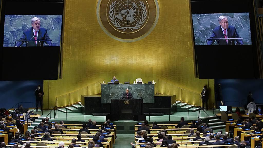 Antonio Guterres, Generalsekretär der Vereinten Nationen, fordert gemeinsames Engagement im Kampf gegen Corona und den Klimawandel. Foto: Eaeduardo Munoz/Pool Reuters/AP/dpa
