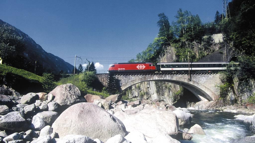 Gotthard-Eisenbahnlinie ab heute wieder geöffnet