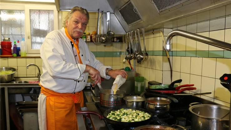 Albert Kappeler ist Wirt aus Leidenschaft. Seit 35 Jahren arbeitet er in der Gastronomie – und er hofft, das noch lange tun zu dürfen.