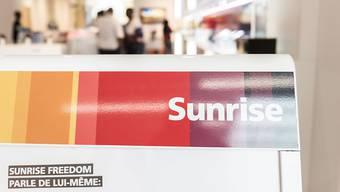 Wer bei Sunrise künden will, muss sich künftig per Chat oder Telefon mit dem Kundendienst herumschlagen.