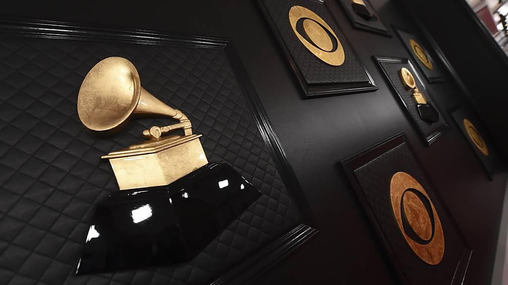 ARCHIV - Die Verleihung der Grammy-Musikpreise soll erst Mitte März stattfinden. Foto: Jordan Strauss/Invision/AP/dpa