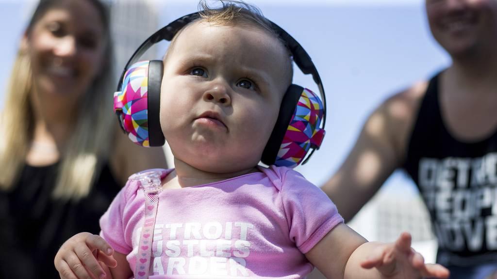 Da hätte ich am liebsten einen Hörschutz! – Wähle das nervigste Geräusch