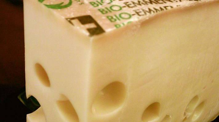 Bundesrat schränkt Produktionsmenge von Emmentaler Käse ein