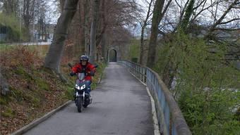 Der Uferweg an der Gösgerstrasse wurde 2011/2012 saniert. Jetzt muss die Stadt 50000 Franken an den Bund zurückzahlen.