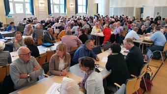 Reden über das Leben im Alter: Die Teilnehmenden am 5. Aargauer Alterskongress befassten sich mit den Herausforderungen,            die eine stetig älter werdende Bevölkerung mit sich bringt.
