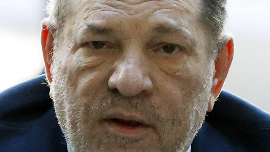 Der wegen Sexualverbrechen verurteilte Filmproduzent Harvey Weinstein geht in Berufung. (Archivbild)