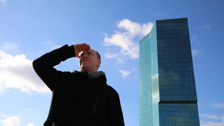 Stefan Lischka sorgt sich um die Zukunft der Fluglotsen.