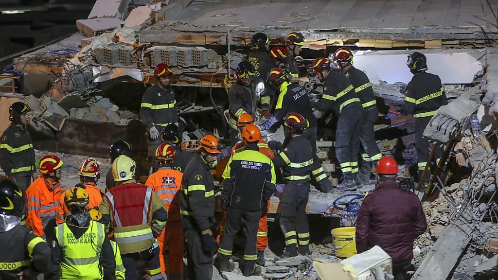 Retter beenden Suche nach Beben-Opfern