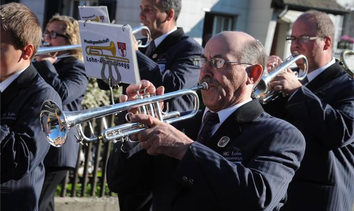 Die Musikgesellschaft Lohn-Ammannsegg, mit Leiter Franz Rufer, eröffnete den Bucheggbergischen Musiktag.