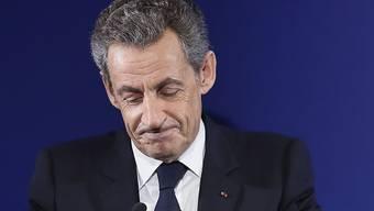 Auf den früheren französischen Präsidenten Nicolas Sarkozy kommen stürmische Zeiten zu: Er muss sich wegen illegaler Wahlkampffinanzierung vor Gericht verantworten. (Archivbild)