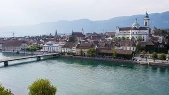 Nächstes Jahr wird die Stadt Solothurn 2000 Jahre alt. Die Bürgergemeinde hat beschlossen, Wein und Bäume zu sponsern. (Archivbild)