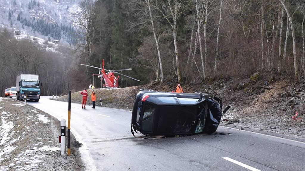Die Autolenkerin verletzte sich beim Unfall leicht