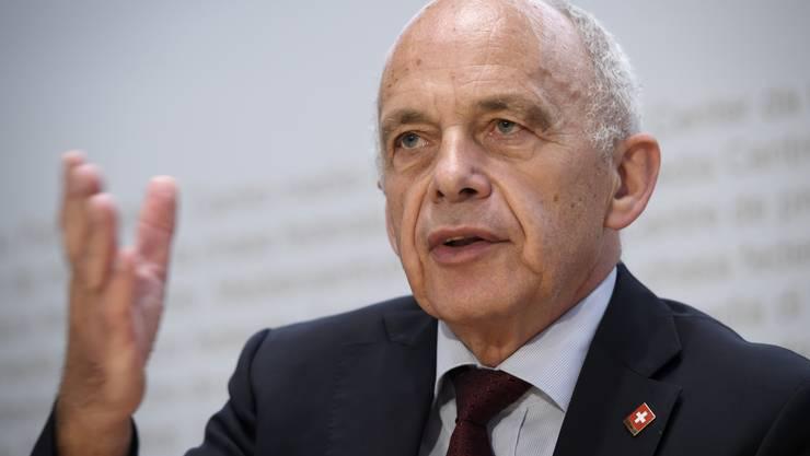 Finanzminister Ueli Maurer stellte die Pläne für die Härtefallregelung am Mittwoch vor.