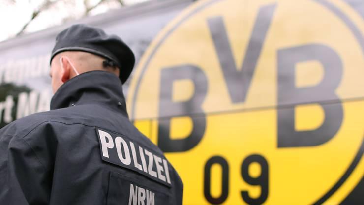 Am Mittwoch, 11. April 2017, kam es zu einem Sprengstoff-Anschlag auf den Mannschftsbus von Borussia Dortmund.