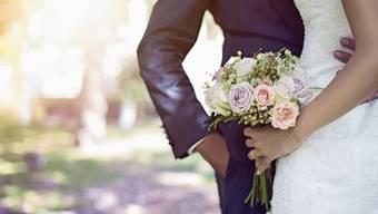Brautpaare brauchen im kommenden Jahr Nerven: Die beliebten Adressen in der Region haben kaum noch Termine frei.