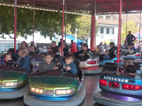 Immer beliebt: Autoscooter sind für Kinder ein grosser Anziehungspunkt.