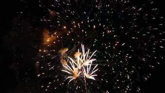 Aaaahh! Dieses Feuerwerk ist eine Wohltat für stressgeplagte Geschöpfe und schmale Budgets.