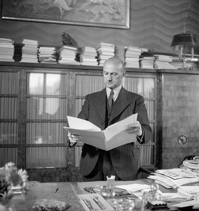 Die Rhetorik von Bundesrat Philpp Etter in Kriegszeiten wird als autoritär beschrieben.