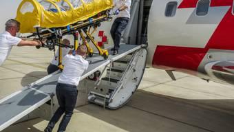Der Ausbruch des Coronavirus hat beim TCS zu dieser Ausnahmesituation geführt und die Hilfegesuche auf ein Rekordniveau hochschnellen lassen. Der TCS koordiniert unter anderem Rückführungen in die Schweiz. (Symbolbild)