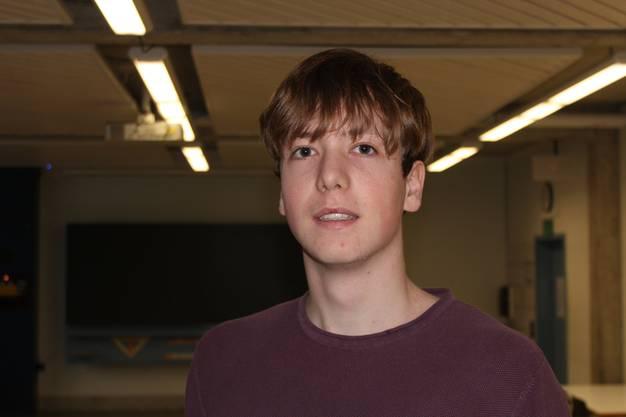 Jonas (18)
