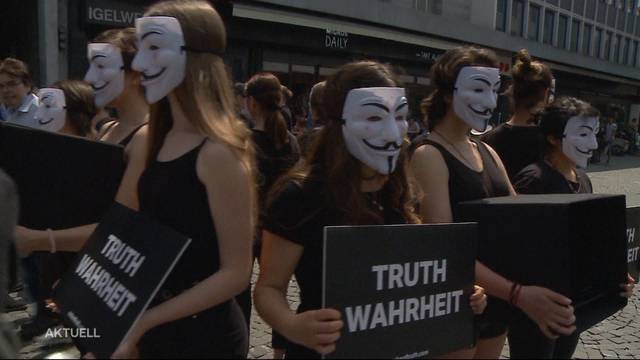 """Anonymous"" im Kampf gegen Massentierhaltung"