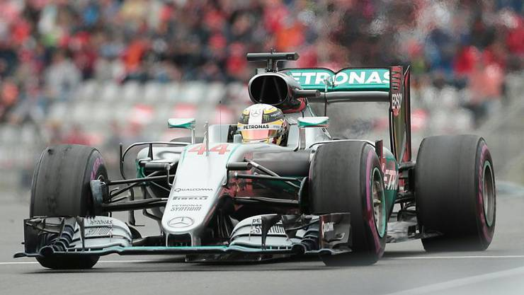 Lewis Hamilton feiert in Österreich einen glücklichen 46. GP-Triumph