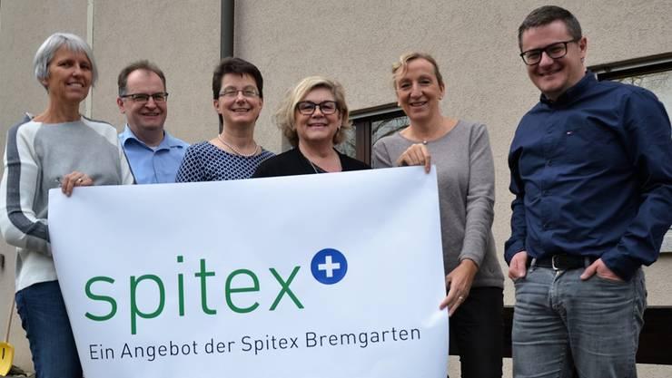 Corinna Ganzoni, Andreas Bernauer, Anita Schüepp, Vreni Stingelin, Barbara Tellenbach und Daniel Sommerhalder (von links) präsentieren ihr neues Angebot.