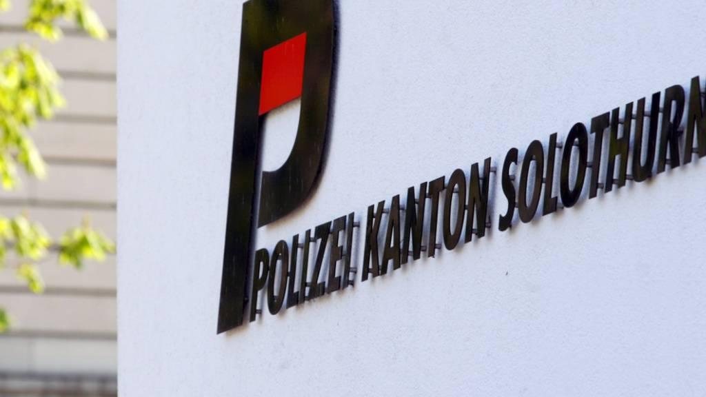 Als die Kantonspolizei Solothurn in Bellach SO erschien, liess die unbekannte Täterschaft ihren Plan fallen, einen Bancomaten zu sprengen. (Symbolbild)