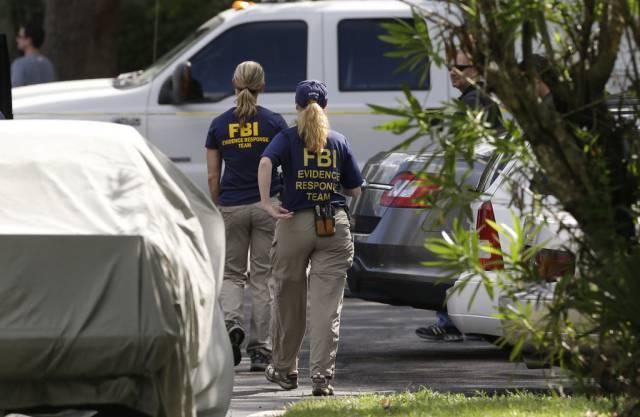 Das FBI am Tatort in Orlando