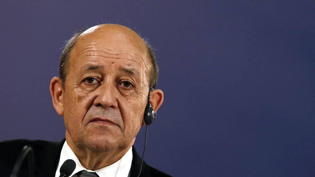 Plädiert für eine diplomatische Lösung für Syrien: Frankreichs Aussenminister Jean-Yves Le Drian. (Archiv)